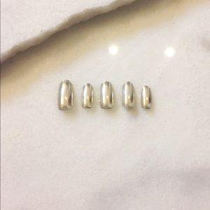 Customizable chrome nails